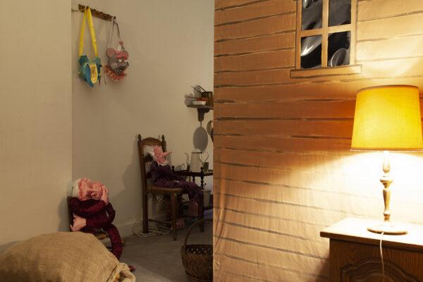 CHAGRIN DE MERDE Chagrin de Merde - Angélique Aubrit, Indoors, family portrait, 2021